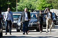 TERAMO 30-05-2012: PROCESSO PER IL DELITTO MELANIA REA CHE VEDE COME UNICO IMPUTATO IL MARITO SALVATORE PAROLISI. UDIENZA DAVANTI AL GUP DEI MACEDONI E CONFRONTO TRA I DUE ADDESTRATORI DEI CANI MOLECOLARI. NELLA FOTO L'ARRIVO DELL'AVVOCATO DELLA DIFESA PAROLISI NICODEMO GENTILE. DILORETO ADAMO