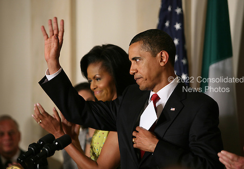 Washington, DC - May 4, 2009 -- United States President Barack Obama delivers remarks and celebrates the Mexican holiday of Cinco de Mayo in the East Room of the White House.  Also on stage was first lady Michelle Obama, Vice President Joe Biden and his wife Jill Biden,  and the Mexican Ambassador Arturo Sarukhan and his wife Veronica Valencia. .Credit: Gary Fabiano - Pool via CNP