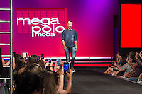SÃO PAULO-SP-03.03.2015 - INVERNO 2015/MEGA FASHION WEEK -Paulo Vilhena/<br /> O Shopping Mega Polo Moda inicia a 18° edição do Mega Fashion Week, (02,03 e 04 de Março) com as principais tendências do outono/inverno 2015.Com 1400 looks das 300 marcas presentes no shopping de atacado.Bráz-Região central da cidade de São Paulo na manhã dessa segunda-feira,02.(Foto:Kevin David/Brazil Photo Press)