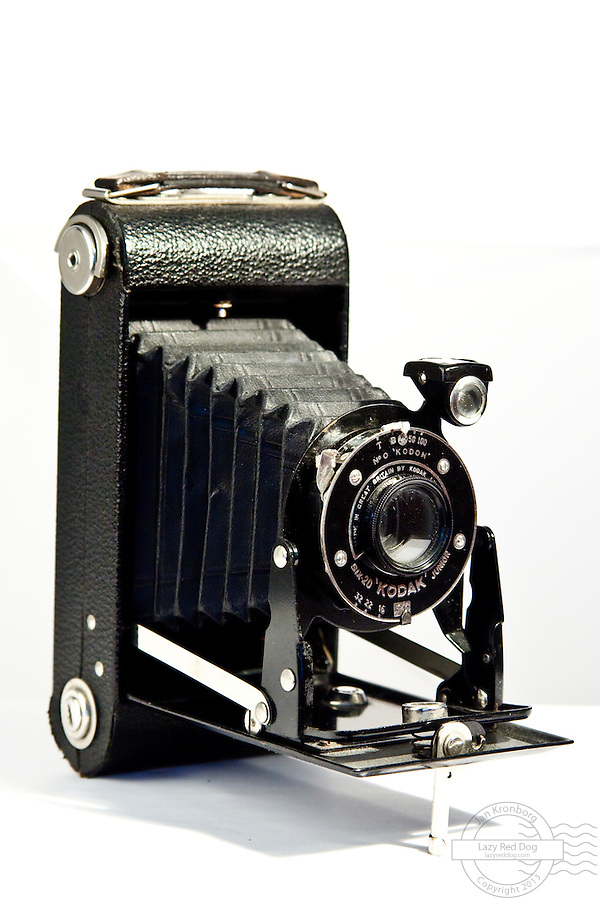 This is an old Kodak Six-20 Junior camera.