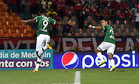 MEDELLIN - COLOMBIA -04-03-2017: Jefferson Duque, jugador Deportivo Cali, celebra el gol anotado a Deportivo Independiente Medellin, durante entre Deportivo Independiente Medellin y Deportivo Cali, por la fecha 8 de la Liga Aguila I 2017, en el estadio Atanasio Girardot de la ciudad de Medellin. / Jefferson Duque, player of Deportivo Cali, celebrates a scored goal to Deportivo Independiente Medellin during a match between Deportivo Independiente Medellin and Deportivo Cali for the date 8 of the Liga Aguila I 2017 at the Atanasio Girardot stadium in Medellin city. Photo: VizzorImage  / Luis Ramirez / Staff.
