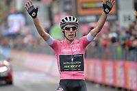 20th May 2018, Giro D italia; stage 15 Tolmezzo to Sappada, Mitchelton -Scott; Simon Yatestakes the win in Sappada