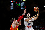 Spain´s Pau Gasol (L) and France´s Fournier during FIBA Basketball World Cup Spain 2014 match between Spain and France at `Palacio de los deportes´ stadium in Madrid, Spain. September 10, 2014. (Victor Blanco)