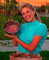 Jill Hansen at a 1987 picnic.   photo by Trent Nelson<br />