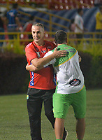 IBAGUÉ - COLOMBIA, 18-02-2018: Nestor Craviotto director técnico del Atlético Huila durante partido contra el Atlético Huila  partido por la fecha 4 de la Liga Águila I 2018 jugado en el estadio Manuel Murillo Toro de la ciudad de Ibagué. / Nestor Craviotto coach of Atletico Huila during match agaisnt Atletico Junior match for the date 4 of the Aguila League I 2018 played at Manuel Murillo Toro in Ibague city. VizzorImage / Juan Carlos Escobar / Contribuidor