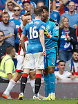 Wes Foderingham and Andy Halliday have a set-to