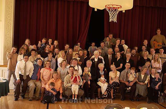 Familiy portrait, Ted Quayle's funeral; 04.02.2002, 4:51:01 PM<br />