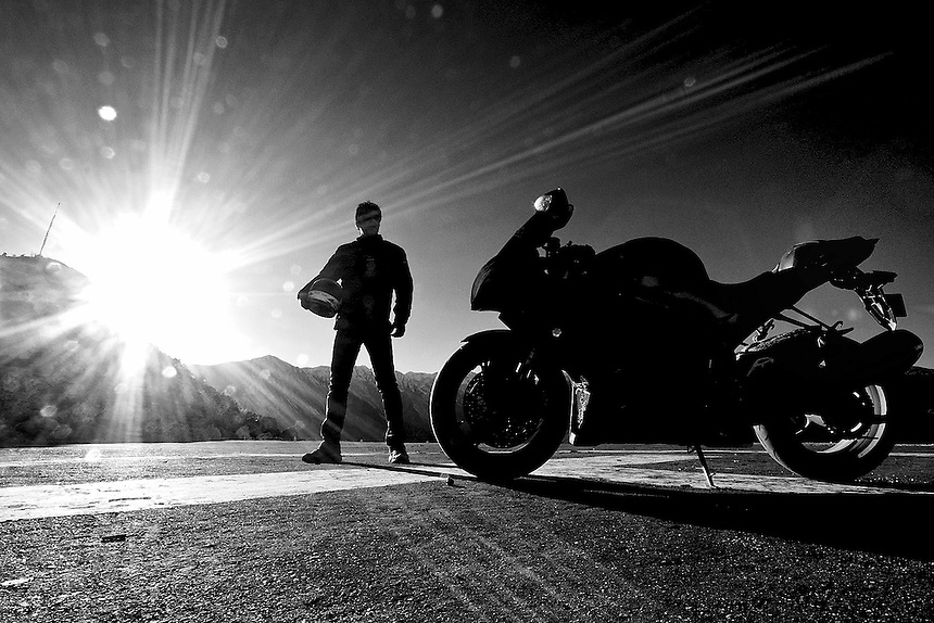 The Landing<br /> At the Nako (HP) Helipad with the Suzuki GSXR 1000 Superbike