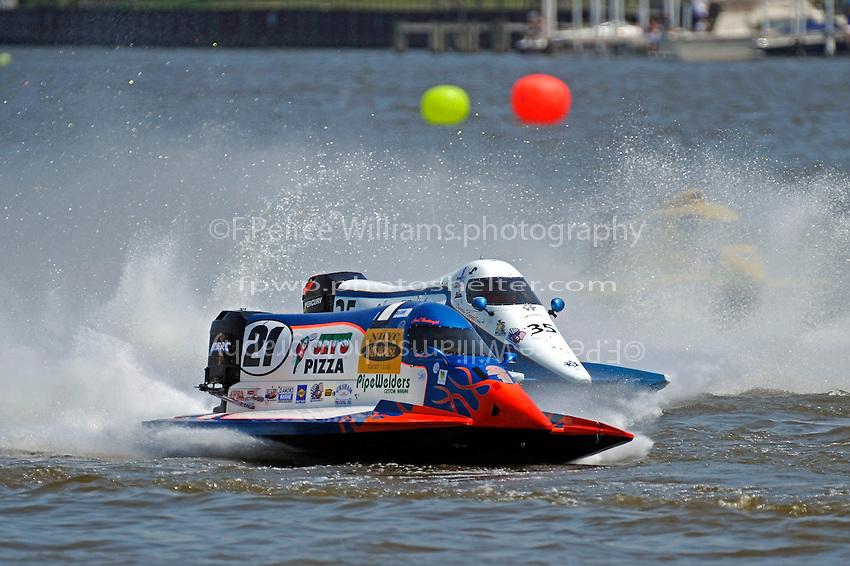 Jose Mendana, Jr. (#21), Mike Klepadlo (#35) and Robert Rinker (#30).   (Formula 1/F1/Champ class)