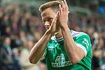 01.12.2018, Weser Stadion, Bremen, GER, 1.FBL, Werder Bremen vs FC Bayern Muenchen, <br /> <br /> DFL REGULATIONS PROHIBIT ANY USE OF PHOTOGRAPHS AS IMAGE SEQUENCES AND/OR QUASI-VIDEO.<br /> <br />  im Bild<br /> gelb rot f&uuml;r Niklas Moisander (Werder Bremen #18) durch Christian Dingert ( Schiedsrichter / Referee)<br /> <br /> <br /> Foto &copy; nordphoto / Kokenge