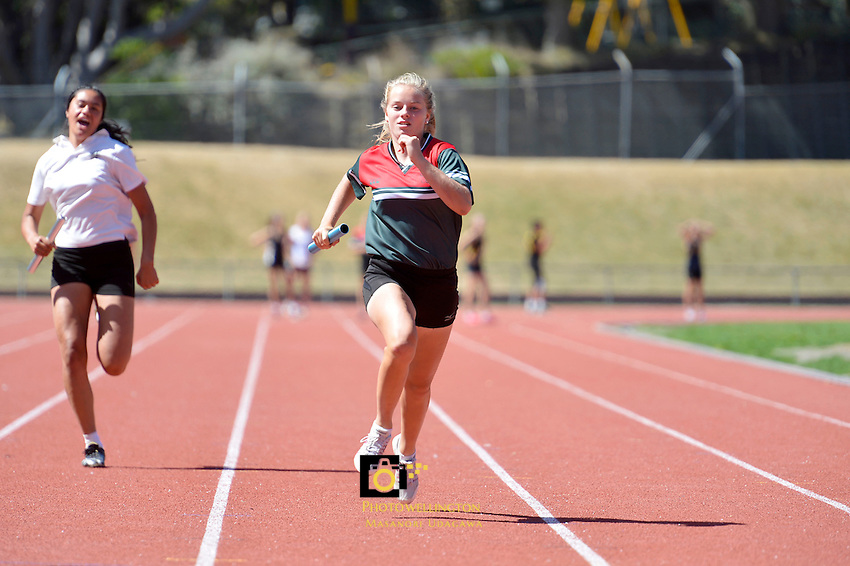CSW Girls Zone Athletics Championships e at Newtown Park, Wellington, New Zealand on Thursday 7 March 2013.<br /> Photo by Masanori Udagawa. www.photowellington.photoshelter.com.