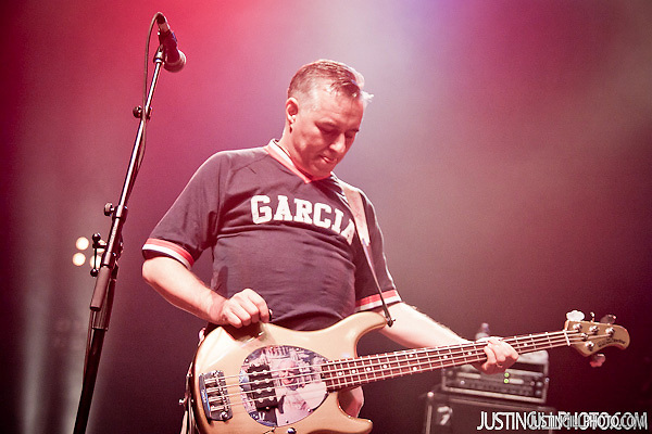 Live concert photo of The Vandals @ Santa Monica Civic Auditorium by http://www.justingillphoto.com