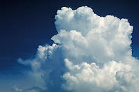 Soft, airy, light, puffy, calm, serenity, thunderhead. Connotations - Religious, power.