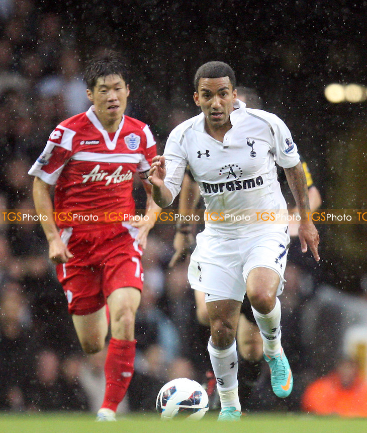 Aaron Lennon of Tottenham Hotspur and Park Ji-Sung of QPR - Tottenham vs Queens Park Rangers at the White Hart Lane  Stadium  - 23/09/12 - MANDATORY CREDIT: Dave Simpson/TGSPHOTO - Self billing applies where appropriate - 0845 094 6026 - contact@tgsphoto.co.uk - NO UNPAID USE.