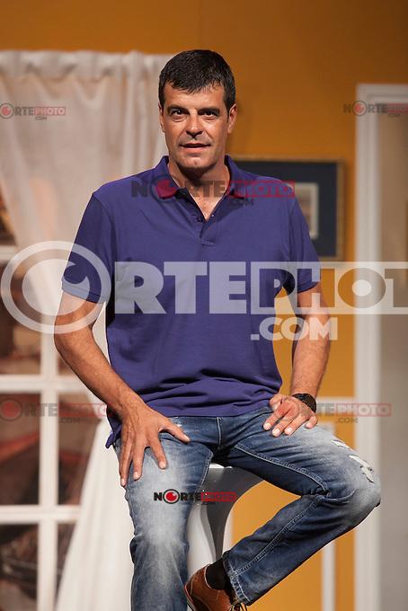 Actor Andoni Ferreno poses for `El Clan de las Divorciadas´ theater play presentation in Madrid, Spain. August 19, 2015. (ALTERPHOTOS/Victor Blanco)