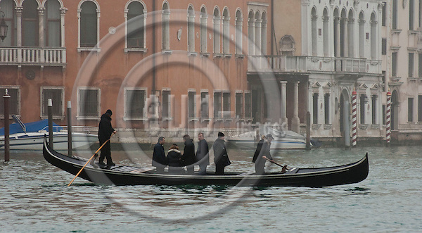 Venice-Italy - January 09, 2011 -- Traghetto gondole, public transfer - transport service to cross Grand Canal / Canal Grande on a gondola -- infrastructure, transport, water -- Photo: Horst Wagner / eup-images