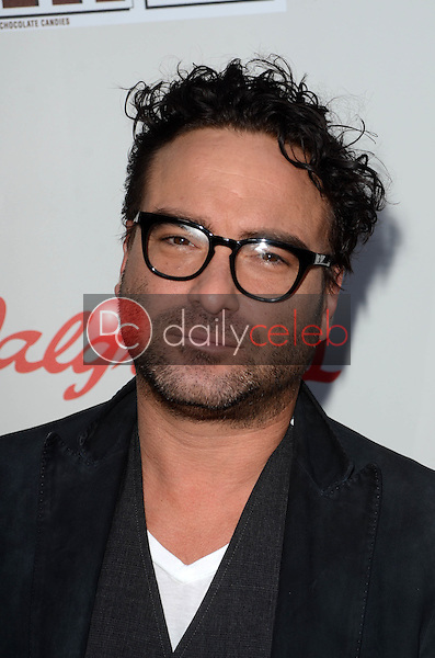 Johnny Galecki<br /> at the Red Nose Day 2016 Special, Universal Studios, Universal City, CA 05-26-16<br /> David Edwards/DailyCeleb.Com 818-249-4998