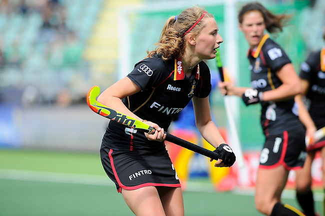 The Hague, Netherlands, June 05: Stephanie Vanden Borre #22 of Belgium looks on during the field hockey group match (Women - Group A) between Belgium and Australia on June 5, 2014 during the World Cup 2014 at Kyocera Stadium in The Hague, Netherlands. Final score 2:3 (1:1) (Photo by Dirk Markgraf / www.265-images.com) *** Local caption ***