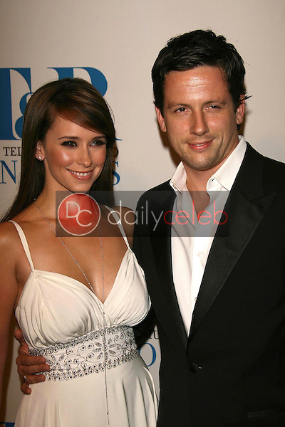 Jennifer Love Hewitt and Ross McCall<br />at The Museum of Television & Radio's Annual Los Angeles Gala. Regent Beverly Wilshire Hotel, Beverly Hills, CA. 10-30-06<br />Dave Edwards/DailyCeleb.com 818-249-4998