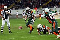 Christian Mohr (Kiel) sichert den freien Ball<br /> German Bowl XXXI Berlin Adler vs. Kiel Baltic Hurricanes, Commerzbank Arena *** Local Caption *** Foto ist honorarpflichtig! zzgl. gesetzl. MwSt. Auf Anfrage in hoeherer Qualitaet/Aufloesung. Belegexemplar an: Marc Schueler, Alte Weinstrasse 1, 61352 Bad Homburg, Tel. +49 (0) 151 11 65 49 88, www.gameday-mediaservices.de. Email: marc.schueler@gameday-mediaservices.de, Bankverbindung: Volksbank Bergstrasse, Kto.: 151297, BLZ: 50960101