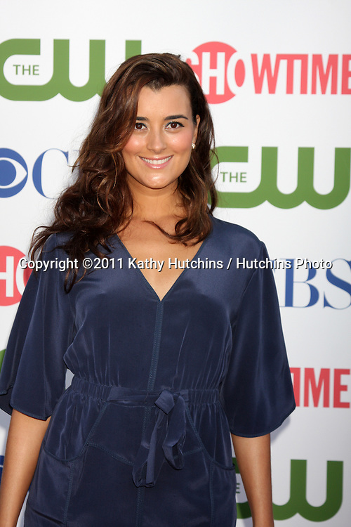 LOS ANGELES - AUG 3:  Cote de Pablo arriving at the CBS TCA Summer 2011 All Star Party at Robinson May Parking Garage on August 3, 2011 in Beverly Hills, CA