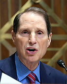 "United States Senator Ron Wyden (Democrat of Oregon), the ranking member of the committee, makes his opening statement during the US Senate Committee on Finance ""Hearing to Consider the Graham-Cassidy-Heller-Johnson Proposal"" on the repeal and replace of the Affordable Care Act (ACA) also known as ""ObamaCare"" in Washington, DC on Monday, September 25, 2017.<br /> Credit: Ron Sachs / CNP"