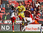 George Long of Sheffield Utd makes a save during the Sky Bet League One match at Bramall Lane Stadium. Photo credit should read: Simon Bellis/Sportimage