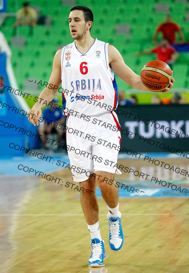 Vasilije Micic of Serbia in action during European basketball championship Eurobasket 2013, round 2, group E  basketball game between Serbia and France in Stozice Arena in Ljubljana, Slovenia, on September 15. 2013. (credit: Pedja Milosavljevic  / thepedja@gmail.com / +381641260959)