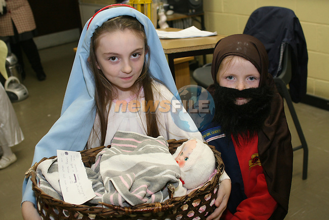 Niamh Hatch and Eimear Holden at the Girl Guides Christmas Show in Greenhills School....Photo NEWSFILE/Jenny Matthews.(Photo credit should read Jenny Matthews/NEWSFILE)....This Picture has been sent you under the condtions enclosed by:.Newsfile Ltd..The Studio,.Millmount Abbey,.Drogheda,.Co Meath..Ireland..Tel: +353(0)41-9871240.Fax: +353(0)41-9871260.GSM: +353(0)86-2500958.email: pictures@newsfile.ie.www.newsfile.ie.FTP: 193.120.102.198.