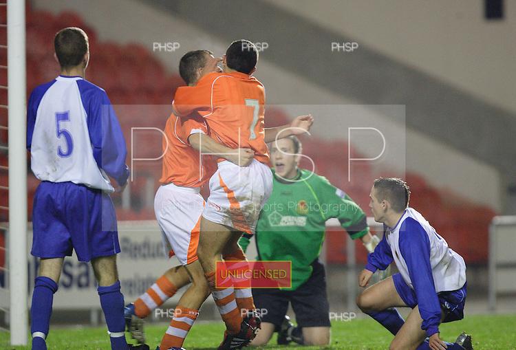 4313 Kay celeb.Blackpool YT V Chester YT