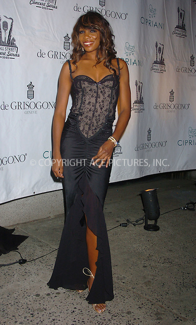 WWW.ACEPIXS.COM . . . . .  ....November 1 2005, New York City....Venus Williams arriving at a performance by Beyonce Knowles at Cipriani Wall Street.....Please byline: AJ Sokalner - ACE PICTURES..... *** ***..Ace Pictures, Inc:  ..Philip Vaughan (212) 243-8787 or (646) 769 0430..e-mail: info@acepixs.com..web: http://www.acepixs.com