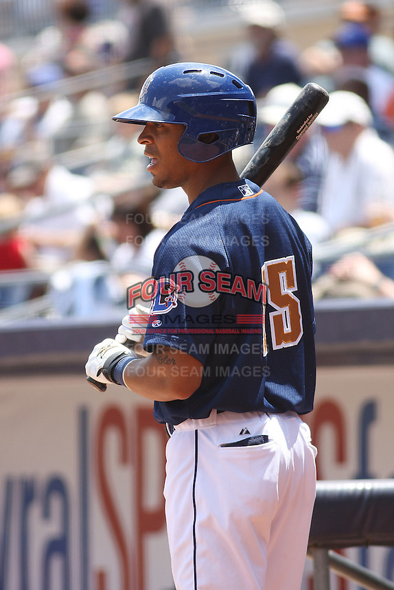 Durham Bulls outfielder Desmond Jennings #15 on deck during a game versus the Louisville Bats at Durham Bulls Athletic Park in Durham, North Carolina on May 18, 2011. Durham defeated Louisville by the score of 7-4.    Robert Gurganus/Four Seam Images
