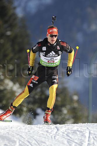 09.12.2011, Hochfilzen, Austria. The IBU Biathlon men's 10km Sprint, picture shows  Simon Simon Schempp ger