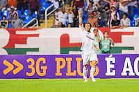 ATENÇÃO EDITOR: FOTO EMBARGADA PARA VEÍCULOS INTERNACIONAIS. - RIO DE JANEIRO, RJ, 06 DE SETEMBRO DE 2012 - CAMPEONATO BRASILEIRO - FLUMINENSE X SANTOS - Wellington Nem, jogador do Fluminense, comemora o seu gol, durante partida contra o Santos, pela 22a rodada do Campeonato Brasileiro, no Stadium Rio (Engenhao), na cidade do Rio de Janeiro, nesta quarta, 06. FOTO BRUNO TURANO BRAZIL PHOTO PRESS
