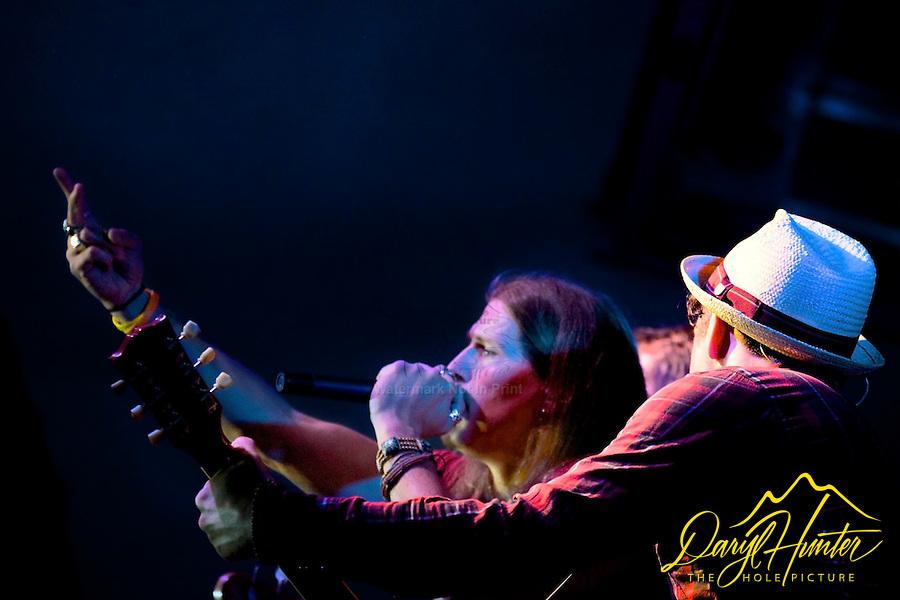 Jason Michael Carroll Concert, Damian Martin backing Jason up inNaples, Italy