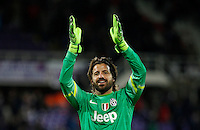 Calcio, Coppa Italia: semifinale di ritorno Fiorentina vs Juventus. Firenze, stadio Artemio Franchi, 7 aprile 2015. <br /> Juventus' goalkeeper Marco Storari greets fans at the end of the Italian Cup semifinal second leg football match between Fiorentina and Juventus at Florence's Artemio Franchi stadium, 7 April 2015. Juventus won 3-0 to join the final.<br /> UPDATE IMAGES PRESS/Isabella Bonotto