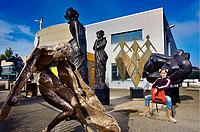 XXL bronzen beelden in Art Gallery/Bronsgieterij Hans Steylaert Koeweistraat 20 Waardenburg.