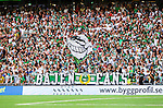 Stockholm 2014-08-10 Fotboll Superettan Hammarby IF - GIF Sundsvall :  <br /> Hammarbys supportrar<br /> (Foto: Kenta J&ouml;nsson) Nyckelord:  Superettan Tele2 Arena Hammarby HIF Bajen GIF Sundsvall supporter fans publik supporters
