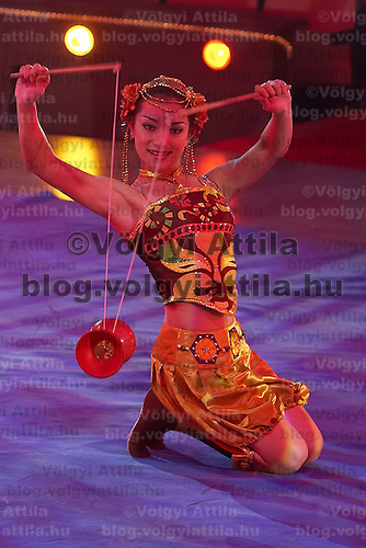 Guest production of the Chineese National Circus at the Budapest Circus in Hungary on September 27, 2007. ATTILA VOLGYI