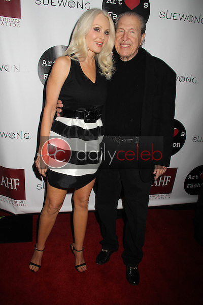 Donna Spangler, Richard Benveniste<br />