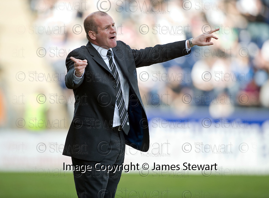 10/04/2010   Copyright  Pic : James Stewart.sct_jsp07_falkirk_v_st_mirren  .::  ST MIRREN MANAGER GUS MACPHERSON ::  .James Stewart Photography 19 Carronlea Drive, Falkirk. FK2 8DN      Vat Reg No. 607 6932 25.Telephone      : +44 (0)1324 570291 .Mobile              : +44 (0)7721 416997.E-mail  :  jim@jspa.co.uk.If you require further information then contact Jim Stewart on any of the numbers above.........
