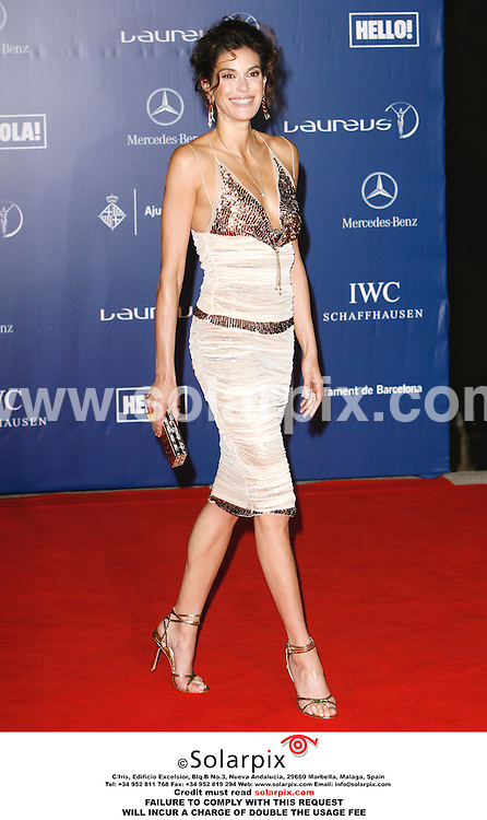 ALL ROUND PICTURES FROM SOLARPIX.COM..Teri Hatcher arrives for the Laureus Sports Awards welcome party at the Musee Nactional D'Art de Catalunya in Barcelona, Spain on 22.05.06.  Job Ref: 2388/PRS..MUST CREDIT SOLARPIX.COM.