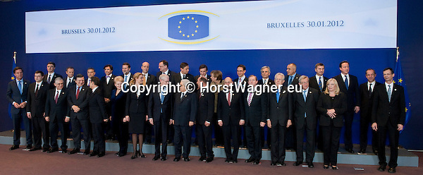 Brussels-Belgium - January 30, 2012 -- Extraordinary European Council, EU-summit; here, Heads of State / Government pose for the family photo  -- Photo: © HorstWagner.eu
