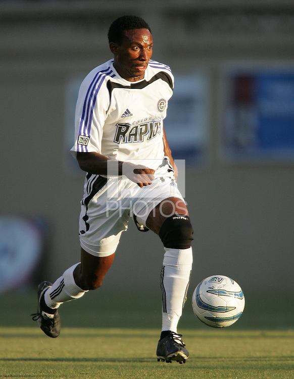 29 June 2005:  Jeff Cunningham of Rapids in action against Earthquakes at Spartan Stadium in San Jose, California.   Earthquakes defeated Rapids, 1-0.  Mandatory Credit: Michael Pimentel / ISI