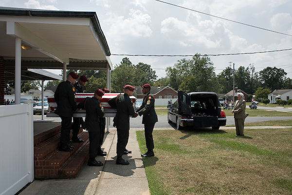 August 26, 2007. Kinston, NC.. A funeral for  Spc. Steven R. Jewell was held at the Pine Lawn Memorial Park in Kinston, NC. Spc. Jewell was killed in a helicopter crash near the Iraqi city of Fallujah on August 14, 2007.. Spc. Jewell's coffin is transported to the cemetery for burial.. .