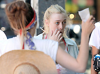 Elizabeth_Olsen and Dakota Fanning on the set of &quot;Very Good Girls&quot; in Brooklyn, New York, 12.07.2012...Credit: Rolf Mueller/face to face /MediaPunch Inc. ***FOR USA ONLY*** ***Online Only for USA Weekly Print Magazines*** /*NORTEPHOTO*<br />