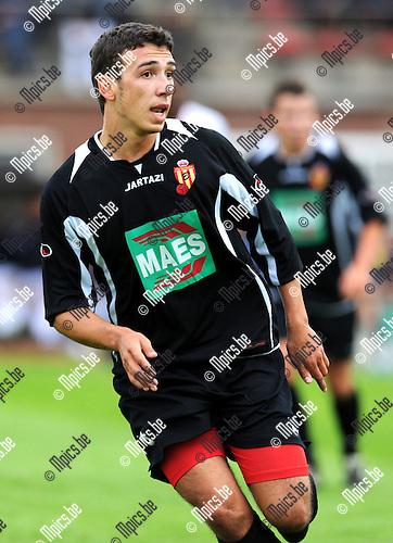 2012-07-18 / Voetbal / seizoen 2012-2013 / Bornem / Yannick Put..Foto: Mpics.be