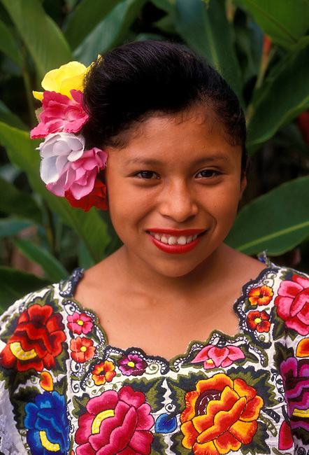 Young Mayan girl wearing a huipil, traditional Mexican dress, Merida, Yucatan State, Yucatan Peninsula, Mexico, North America