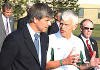 Harold Mayne-Nicholls with president of the university Alan Merten during the visit of the FIFA World Cup 2018-2022 inspection delegation to George Mason University soccer practice facility.