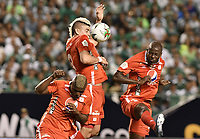 PALMIRA - COLOMBIA, 08-02-2020: Marlon Torres, Michael Rangel y Adrian Ramos del America en acción durante el partido entre Deportivo Cali y América de Cali por la fecha 4 de la Liga BetPlay DIMAYOR I 2020 jugado en el estadio Deportivo Cali de la ciudad de Palmira. / Marlon Torres, Michael Rangel and Adrian Ramos of America in action during match between Deportivo Cali and America de Cali for the date 4 as part of BetPlay DIMAYOR League I 2020 played at Deportivo Cali stadium in Palmira city. Photo: VizzorImage / Gabriel Aponte / Staff